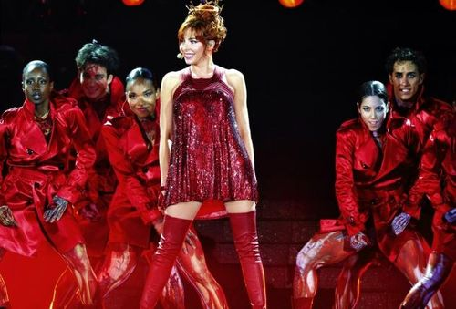 Mylene-farmer-on-stage